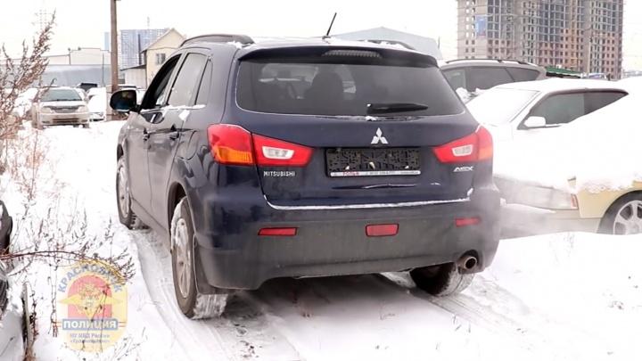 Водитель купил угнанный в Санкт-Петербурге авто и узнал об этом при попытке поставить его на учет
