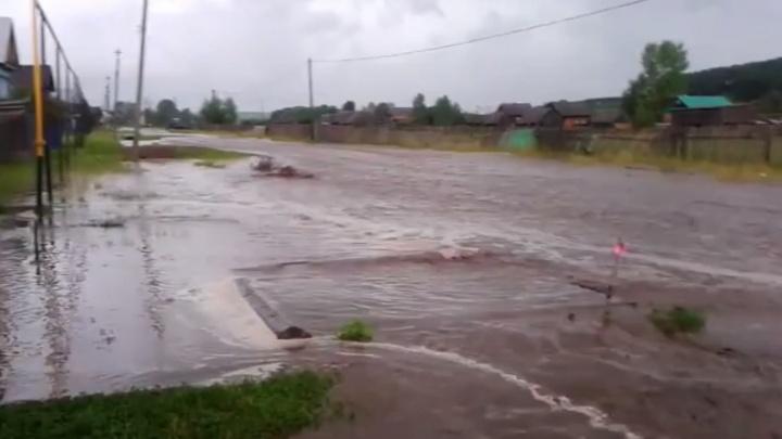 Нефтекамск и деревня Шулганово утонули после сильных дождей