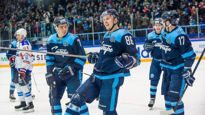 Хоккей: «Сибирь» переиграла «Ладу» на домашней арене