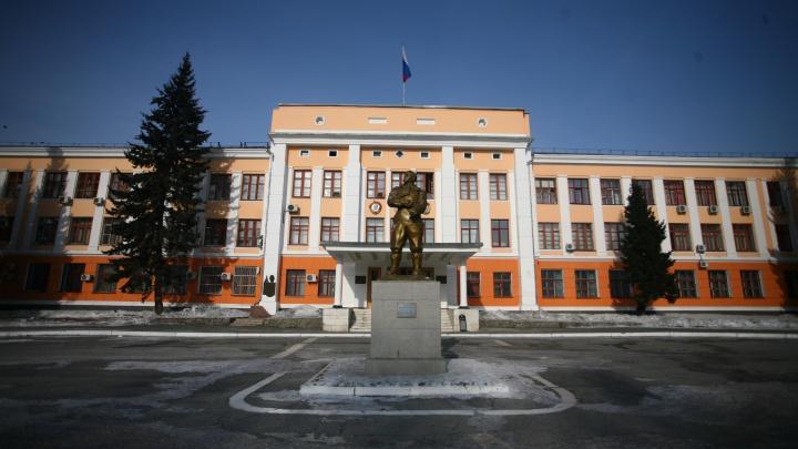 У завода Чкалова рабочий застрелил замначальника цеха
