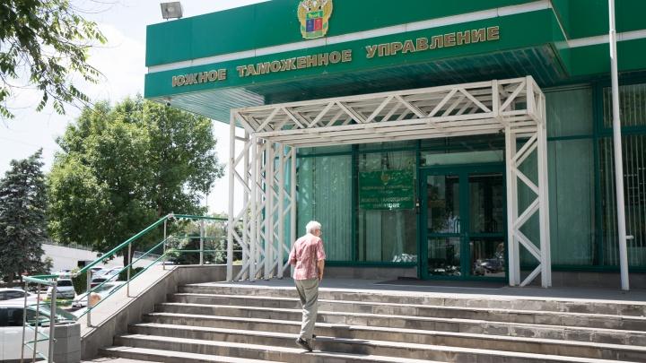 Таможенного брокера из Ростова осудят за передачу взятки размером в 3 миллиона рублей