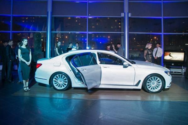 Стоимость машины, которую угнали с тест-драйва, оказалась выше 6 миллионов рублей