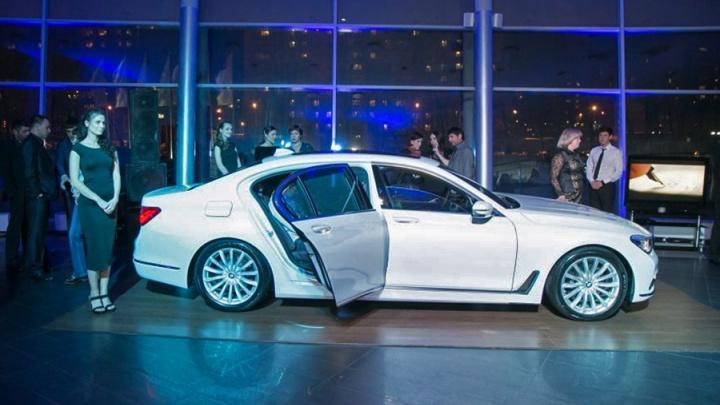 За угон дорогого BMW c тест-драйва в Красноярске осудили жителя Санкт-Петербурга