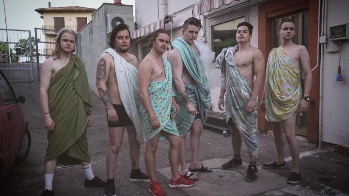 Пять вечеров в Тюмени: идём на шоу каскадёров, слушаем группу из Исландии, смотрим фильм «Курск»