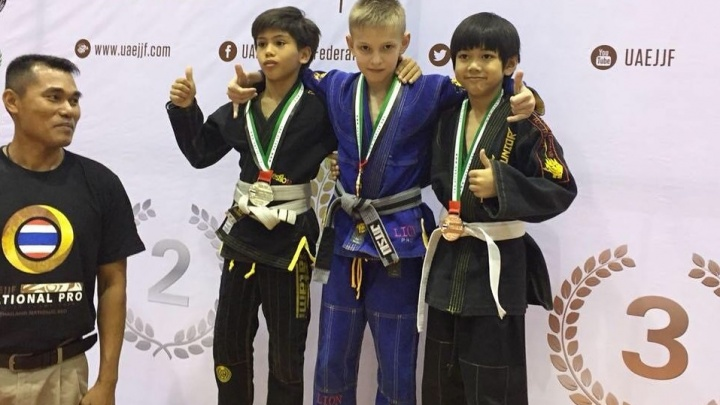 Новосибирский школьник привёз золото с международных соревнований в Таиланде