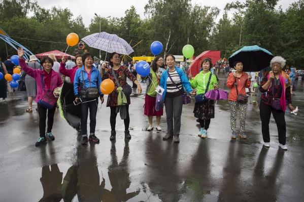 Китайцы толерантно относятся к российским туристам в Китае, хотя часто поведение наших соотечественников нельзя назвать образцовым, считает Алина Перлова