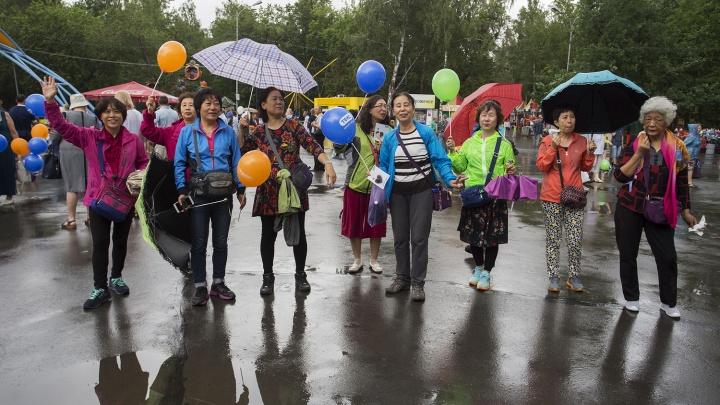 «Китайского интеллигента это бесит точно так же»: переводчик о свинстве русских туристов в КНР