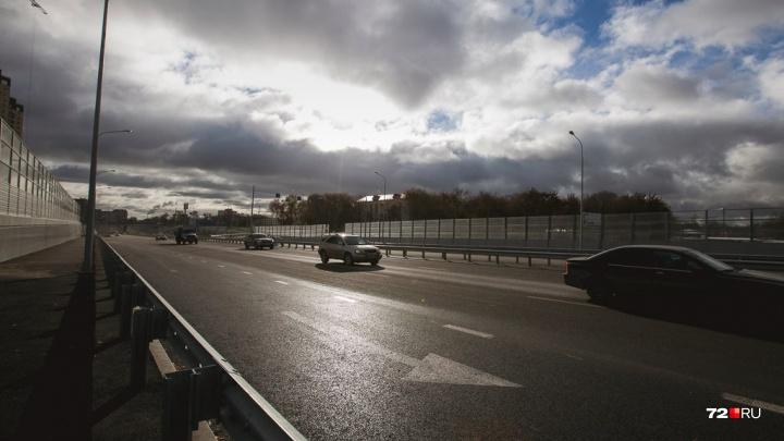 Тюменцев предупреждают о непогоде и усилении ветра