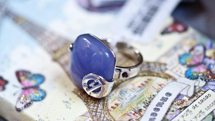 Настоящие украшения и часы ELLE можно приобрести на специальной выставке в Новосибирске