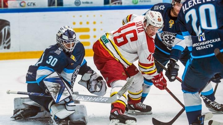 Хоккей: «Сибирь» не смогла дважды обыграть китайцев