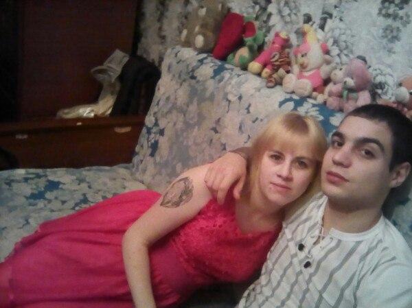 До брака с Дмитрием у Светланы было двое детей. С новым мужем у них родилась дочь