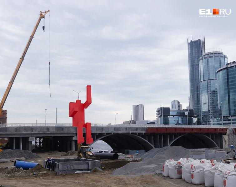 Держитесь, люди, Макаровский мост скоро достроят!
