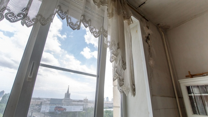 Спустя год волгоградцам из скандального дома на улице Невской вернули газ