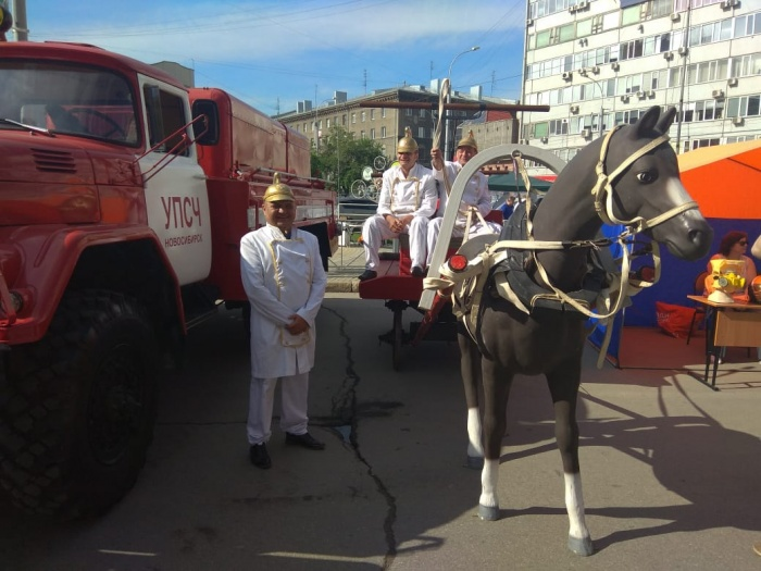 На лошадях привозили воду к месту пожара