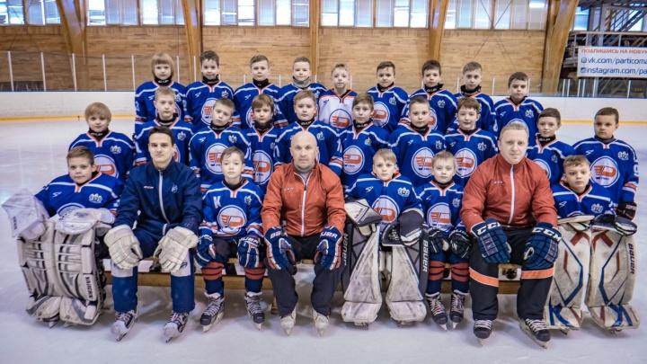 Семьи хоккеистов из Тюмени заплатили 400 тысяч за турнир в Искитиме, который не состоялся
