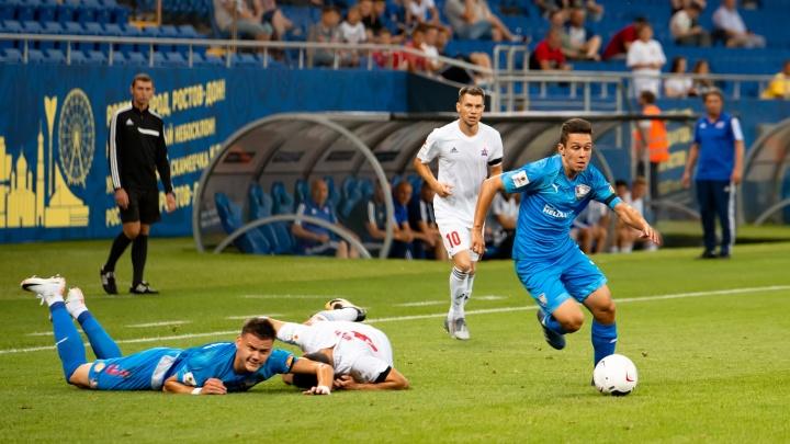 Матч «Чайка» — «СКА-Хабаровск»: самые яркие кадры игры — в фоторепортаже 161.RU