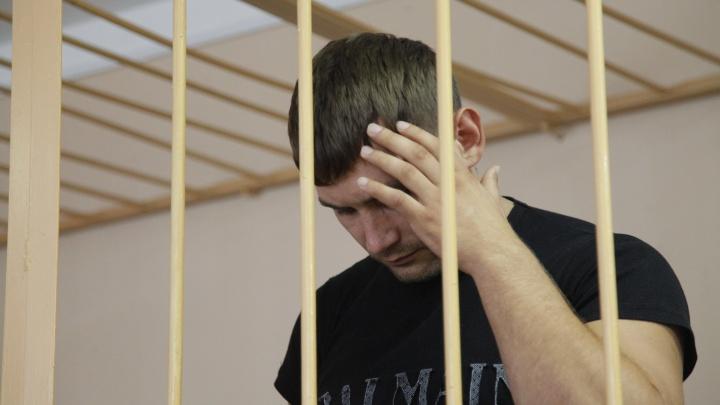 В Ярославле арестовали пять сотрудников«пыточной» колонии: фоторепортаж, как шёл суд