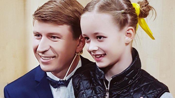 Маленькая фигуристка из Новосибирска попала на шоу с Авербухом и Ягудиным