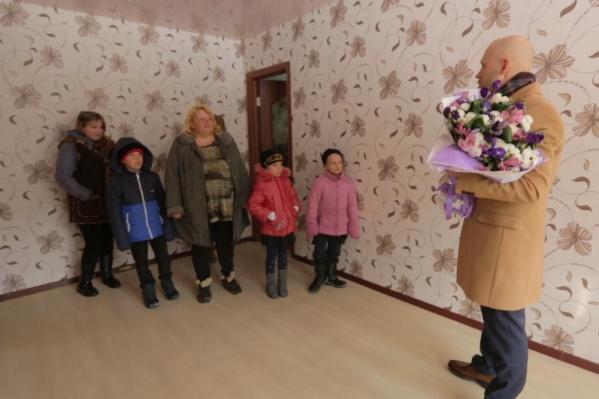 Квартира стала приятным сюрпризом для матери шестерых детей
