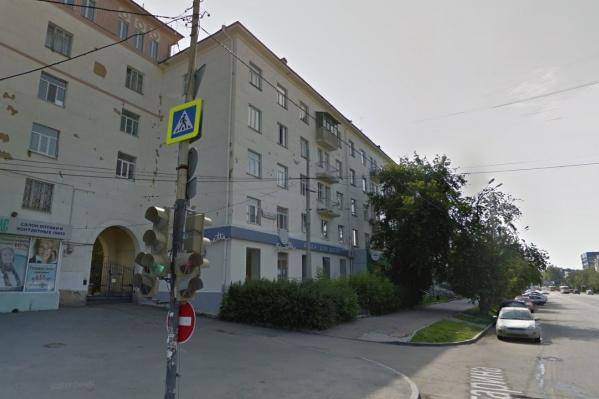 Участковые обходили дома во Втузгородке