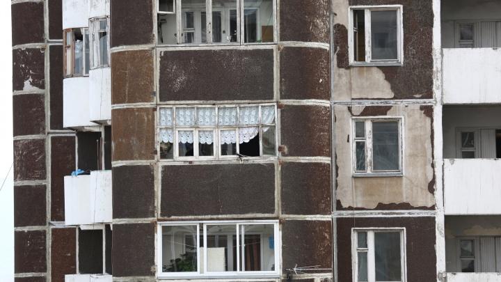 Женщина заплатила за остекление балкона 65 тысяч и взыскала с установщика через суд в 3 раза больше