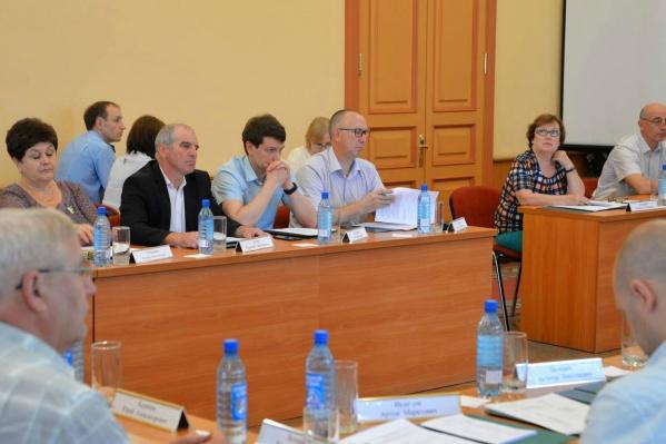 Выборы городской думы назначили на 8 сентября