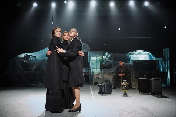 «Три сестры» театра «Красный факел» отправились с гастролями в Швейцарию и Германию