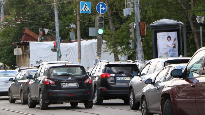 Пробки на Ванеева объезжать будет труднее: улицу Молдавскую перекроют на три дня