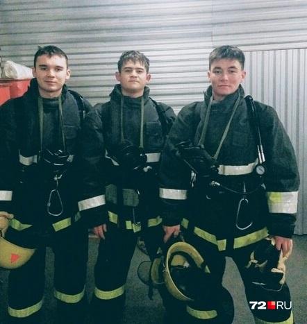 Рамиль с друзьями во время участия вWorldSkills Russia