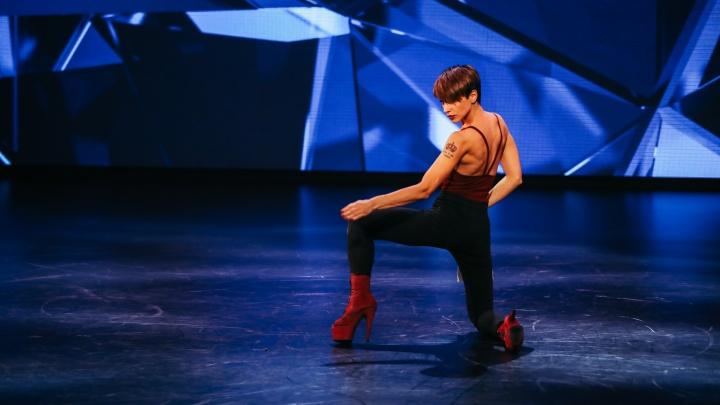 «Конечно, вау»: танцовщица из Сосновоборска с триумфом вернулась в проект «Танцы на ТНТ». Видео