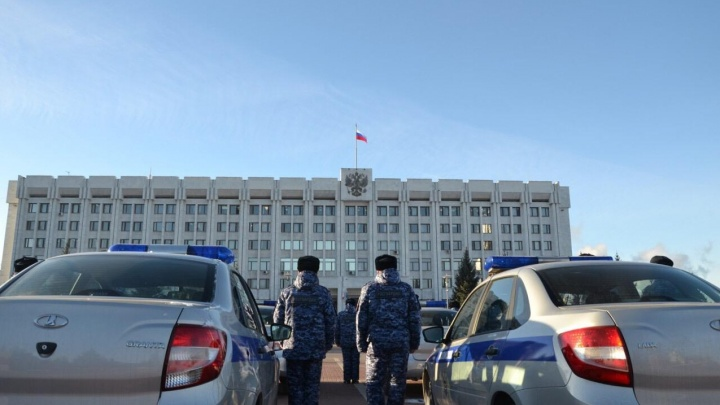 В Самарской области Росгвардия получила 21 новый автомобиль для патрулирования улиц