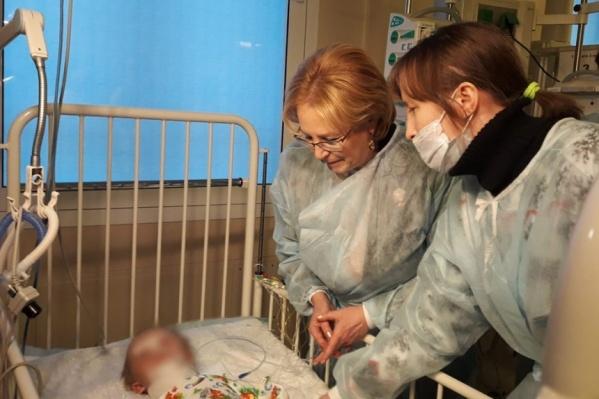 Ваня пробылв московском НИИдетской хирургии и травматологии больше месяца