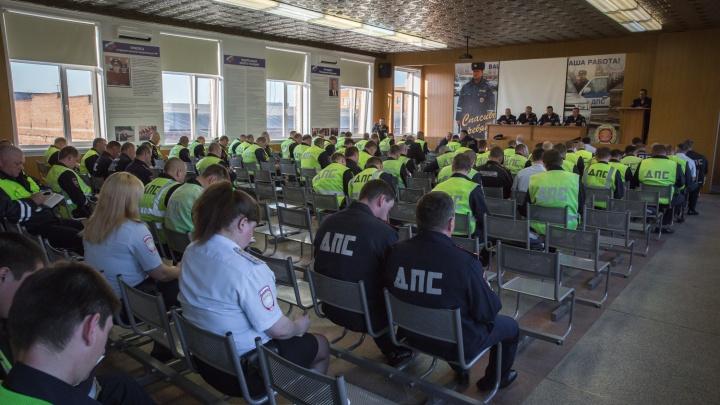 Автоинспекторы массово выписали штрафы водителям автобусов и грузовиков из-за нарушения режима