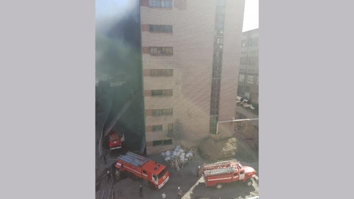 Из горящего здания на Дачной эвакуировались 15 человек