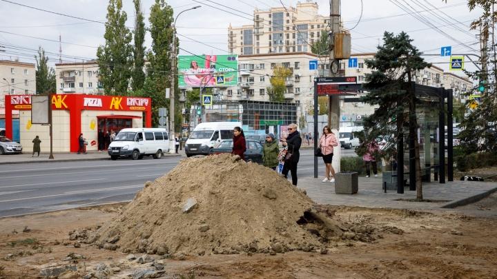 «Станет длиннее на три метра»: в Волгограде увеличивают остановку «7-я Гвардейская»