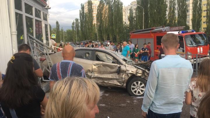 Водитель иномарки сбежал с места ДТП: подробности аварии в Уфе