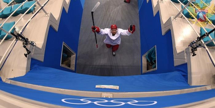 Россия начала олимпийский турнир с поражения