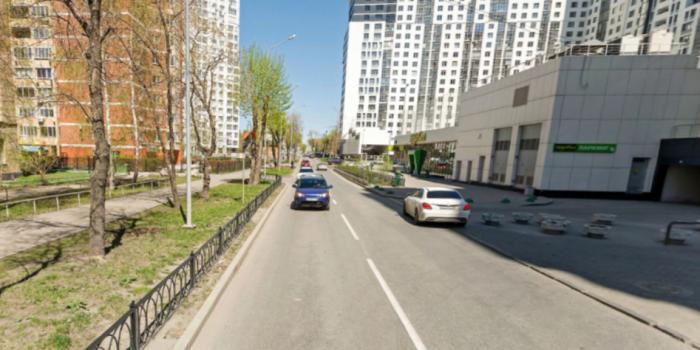 На улице Мельникова установят 92 новые секции забора