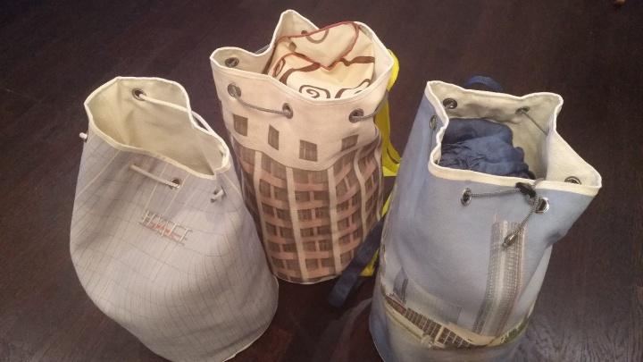 Возьми с собой гостиницу «Исеть»: житель Екатеринбурга сшил сумки в виде знаковых зданий