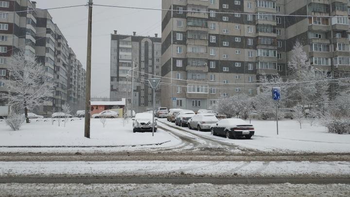 «Мы были готовы к этому»: в мэрии рассказали, как чистят снег по городу