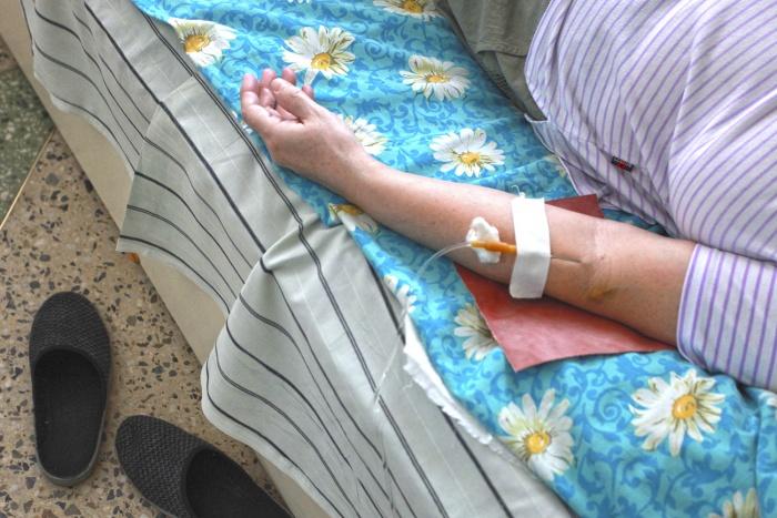 Только за прошлую недели в больницу положили почти 20 человек —все они стали жертвами укусов клещей