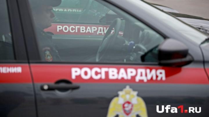 Не караоке, а огонь: в Башкирии росгвардейцы предотвратили пожар