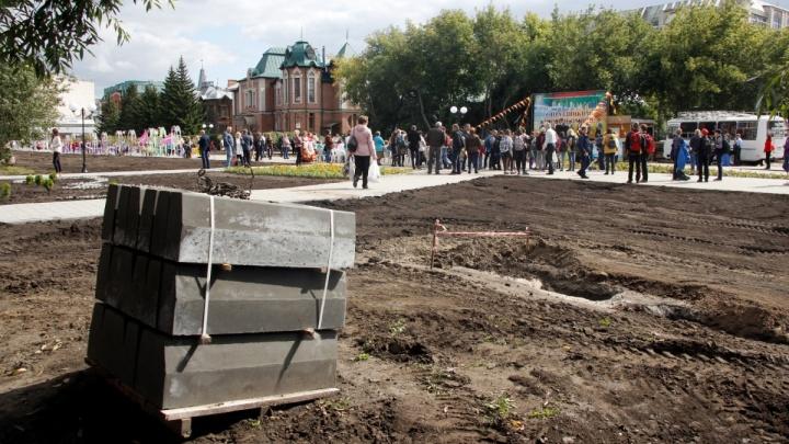 «Теперь можно рубить деревья и застраивать газоны?»: общественник поссорился с вице-мэром
