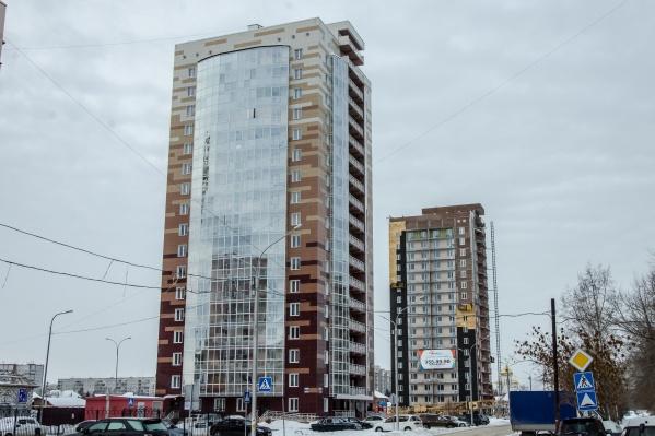 Одной из пострадавших компаний оказалась SKY Group, которая строит комплексы «Крымский» и «Чеховский»