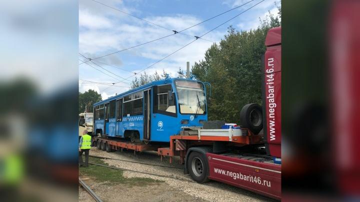 В Ярославль приехали старые «собянинские» трамваи: фото снаружи и изнутри
