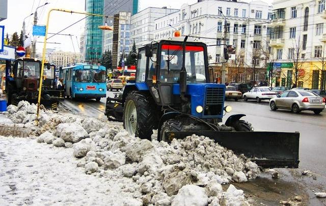 «Будет холодно и снежно»: челябинских дорожников переведут на усиленный график в Новый год