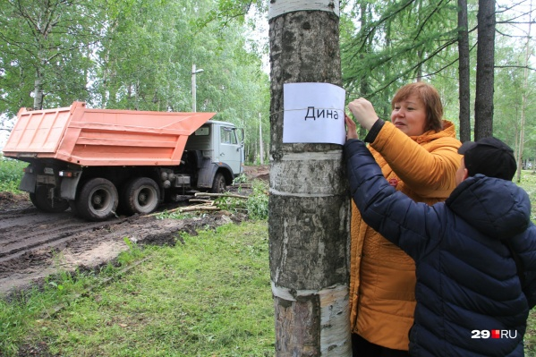 Подрядчик обещал показать утверждённый проект активистам