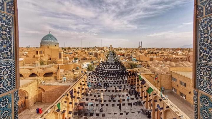 «Если всё наладится — надо ехать в Иран»: путешественница о поездке в страну победившего ислама