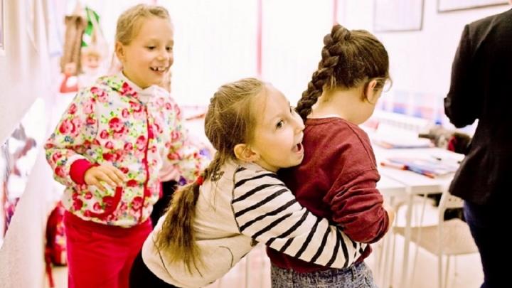 Лето по-английски: лингвистическая школа придумала, как подтянуть знания по языку у взрослых и детей