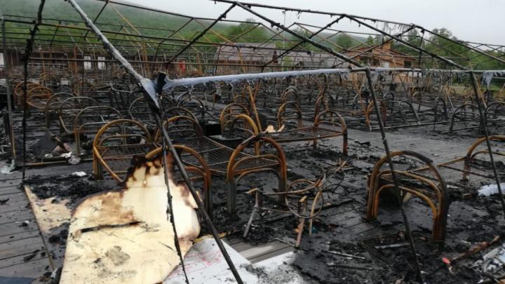 После пожара в лагере в Хабаровском крае скончались еще трое детей